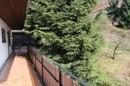 der Balkon führt zur Terrasse