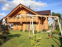 Sehr sch�nes und �u�erst gepflegtes Wohnblockhaus mit bester Ausstattung auf sonnigem S�dwest-Garten