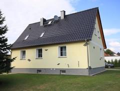 Top saniertes Einfamilienhaus mit Doppelgarage auf großzügigem Gartengrundstück!