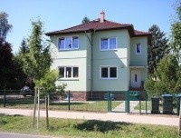 Charmante Ein- Zweifamilienhaus-Villa von 1937 auf parkähnlichem Garten in Toplage von Finkenkrug