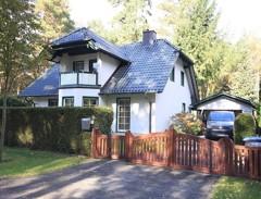 Sehr schönes und gepflegtes Einfamilienhaus mit hochwertiger Ausstattung auf sonnigem Südgrundstück