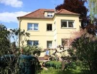 Stattliche Ein- bis Zweifamilienhaus-Villa von 1937 auf großem Gartengrundstück in zentraler Lage!