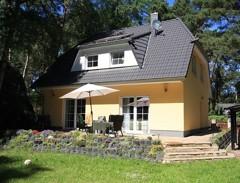 Schönes Einfamilienhaus mit bester Ausstattung direkt am Wäldchen auf sonnigem Gartengrundstück