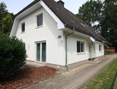 Großzügiges und gepflegtes Einfamilienhaus mit bester Ausstattung auf sonnigem Gartengrundstück