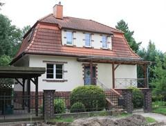Beeindruckend schönes Einfamilienhaus von 1936 in direkter Nähe vom Lindenweiher in Finkenkrug