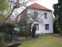 Charmantes Ein-/Zweifamilienhaus von 1930 in ruhiger und zentraler Wohnlage von Falkensee-Seegefeld