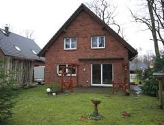 Schönes und gepflegtes Einfamilienhaus mit bester Ausstattung auf Süd-/Westgrundstück