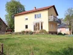 Großzügiges Ein- /Zweifamilienhaus mit bester Ausstattung auf sonnigen Süd-/West-Grundstück!