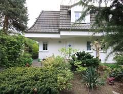 Sehr schöne Doppelhaushälfte mit hochwertiger Ausstattung auf sonnigem Süd-West-Grundstück!