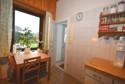 Wohnküche mit Zugang zum Garten