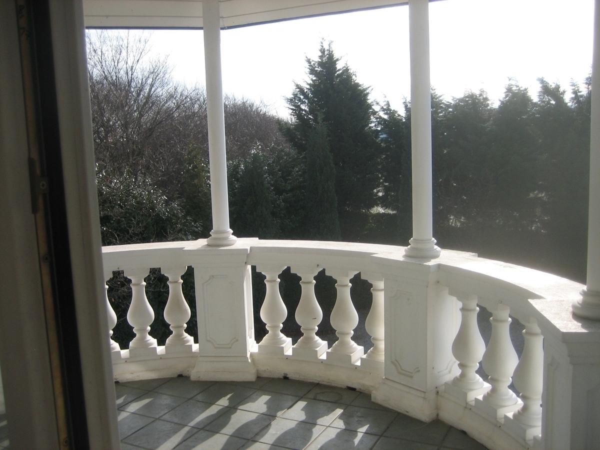 Balkon OG