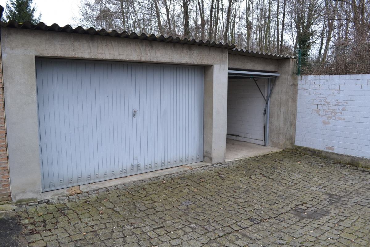 Garage außen