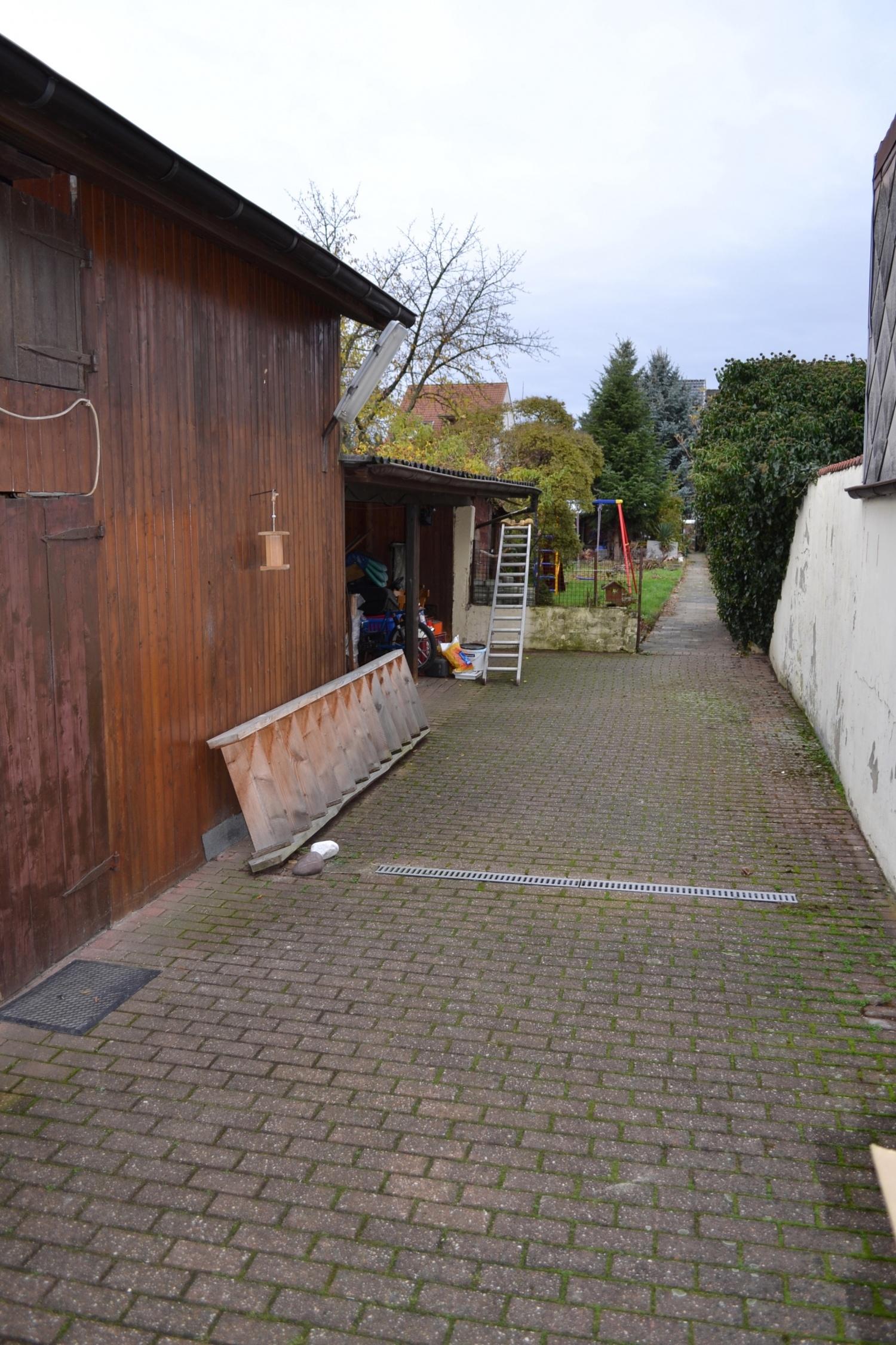 Innenhof und Garten