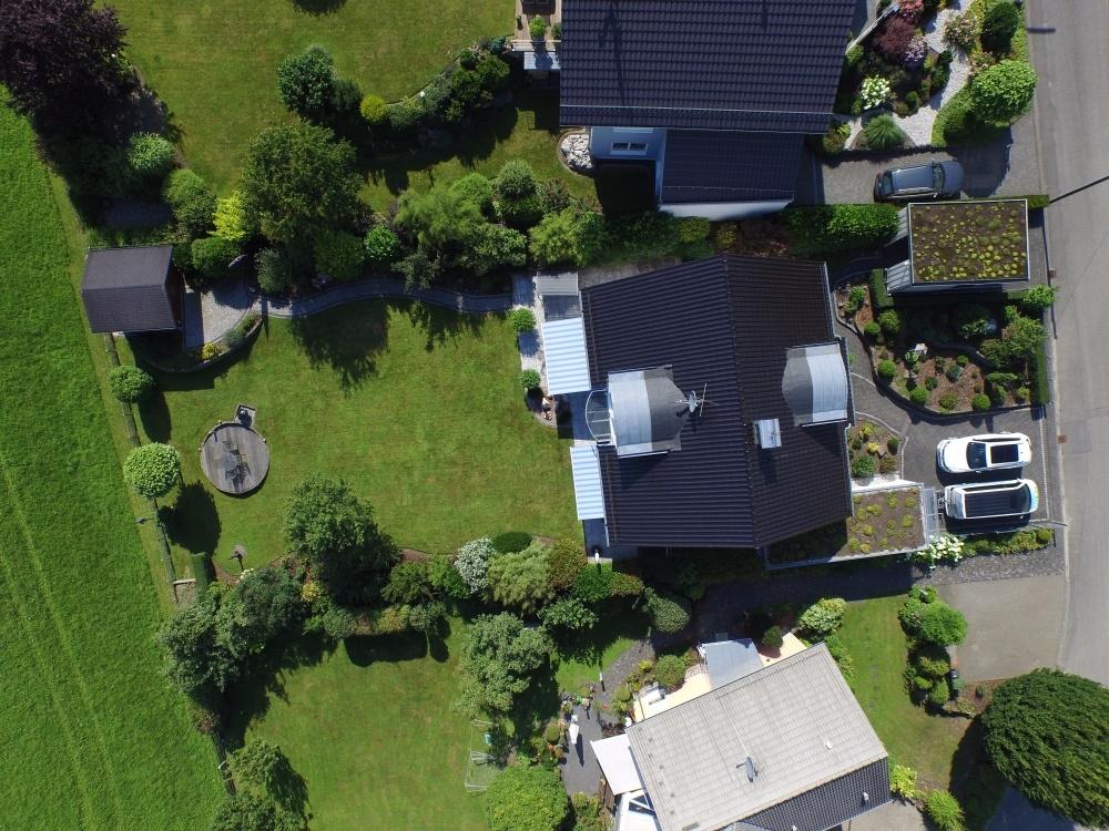 Immobilie Drohnenaufnahme Vogelperspektive