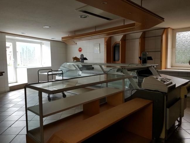 Ladeneinrichtung-Haus-2