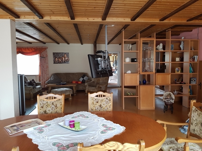 Wohnzimmer b OG