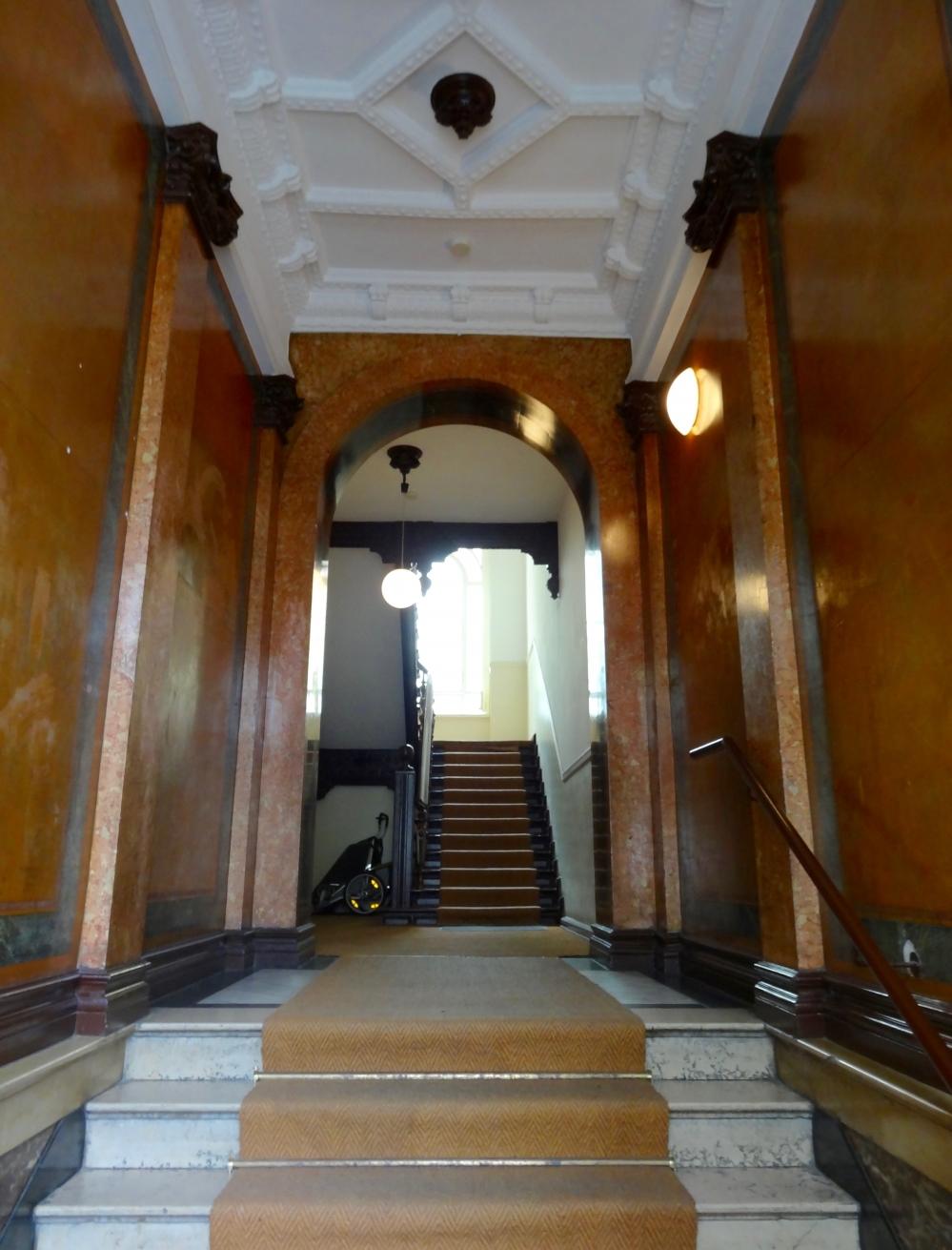 Treppenaufgang Eingang