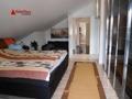 Schlafzimmer mit Zugang Dachterrasse