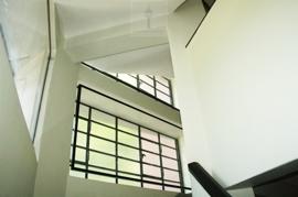 imcentra-immobilien-berlin-eschengraben-bauhaus-treppe