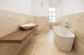 imcentra-immobilien-berlin-eigentumswohnung-friedrichshain-design-baeder