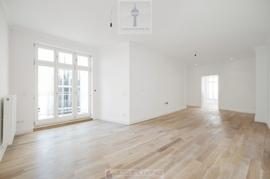 imcentra-immobilien-berlin-eigentumswohnung-friedrichshain-historische-neue-fenster
