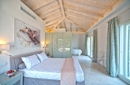 Schlafzimmer mit en suite Bade.png