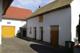 Nebengebäude mit Scheune