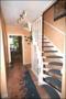 Flur mit Treppe nach oben