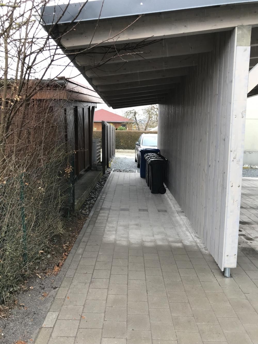 Rückseite Carport