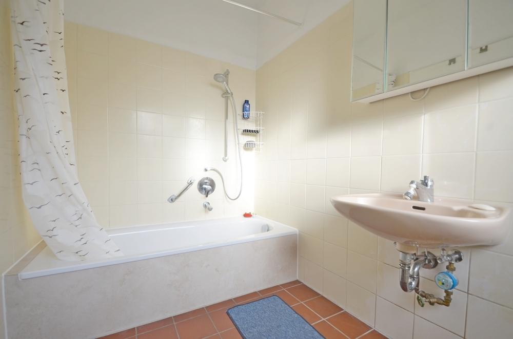 Badezimmer Wohnung B