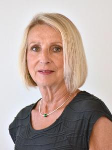 Angelika Linhardt