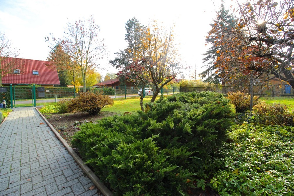 DHH_Petershagen_Garten vorne