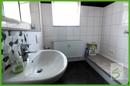 Bad mit Wasch-/Trockenmöglichkeit