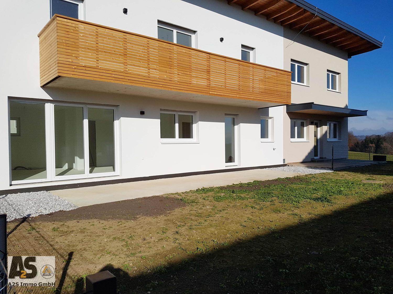 Mittelhaus mit Garten