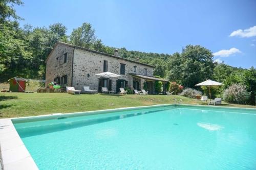 """""""San Bartolomeo"""" Alleinlage! Natursteinhaus mit Swimmingpool im ruhigen Grünen, einzugsbereit"""