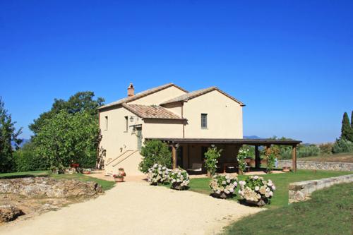 Elegante Villa mit 360°Blick über die Hügel der Val d'Orcia, Park und Whirlpool