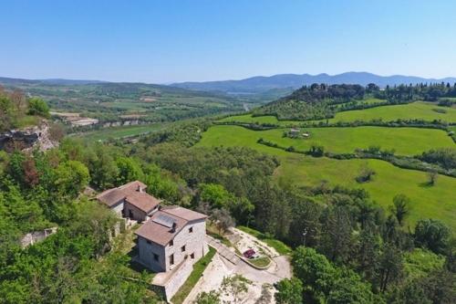 2 restaurierte und bezugsbereite Bauernhäuser mit Panoramablick in Energieklasse A