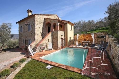 Kleines charmantes Bauernhaus mit Swimmingpool, Pavillon und Blick auf das Tal Valdichiana (1)