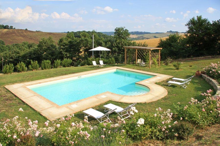 Bezugsfertiges Landhaus mit Gästehaus und Swimmingpool in Alleinlage (7)
