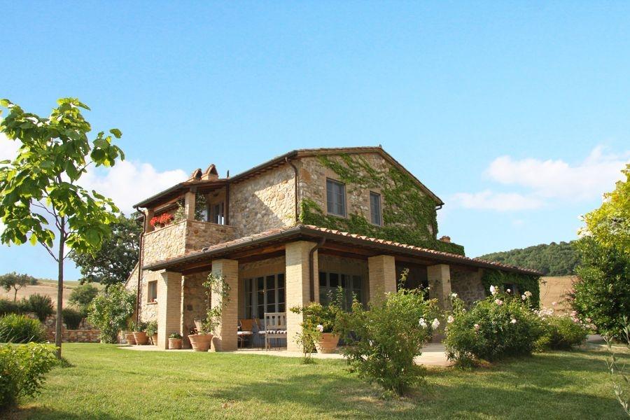 Bezugsfertiges Landhaus mit Gästehaus und Swimmingpool in Alleinlage (21)