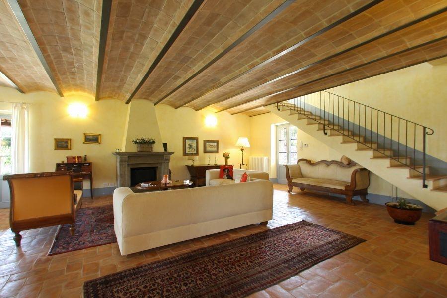 Bezugsfertiges Landhaus mit Gästehaus und Swimmingpool in Alleinlage (30)
