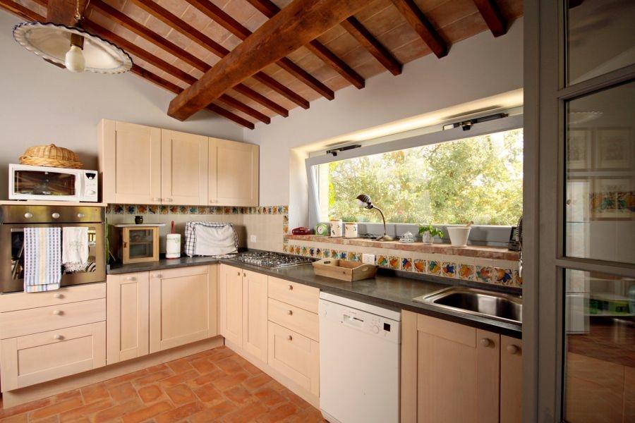 Bezugsfertiges Landhaus mit Gästehaus und Swimmingpool in Alleinlage (37)