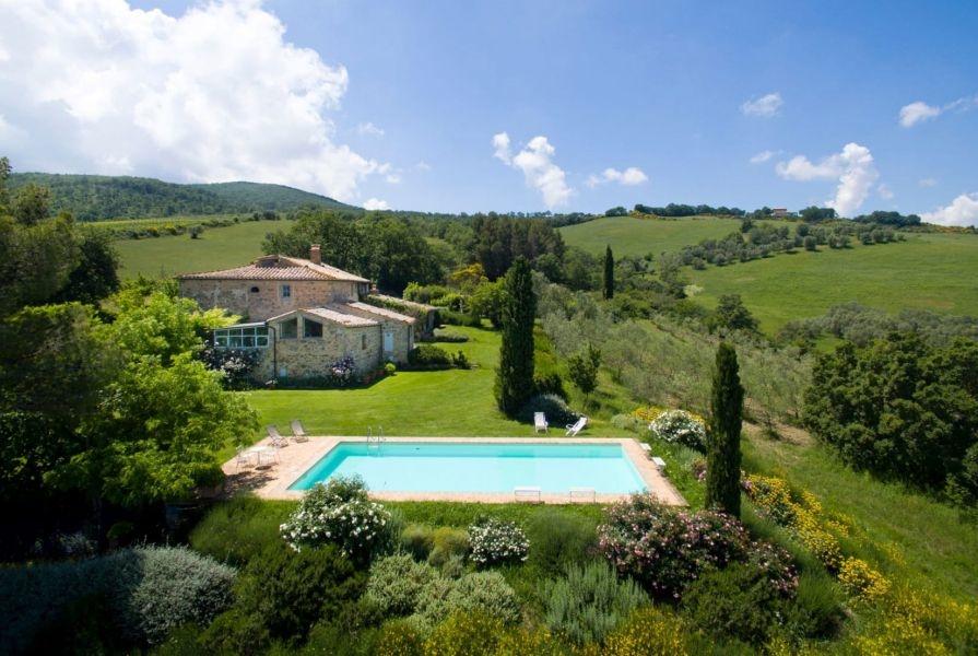 Entzückendes Bauernhaus mit 4 Wohnungen, Panoramapool und 5,5ha Land in der Val d'Orcia (3)