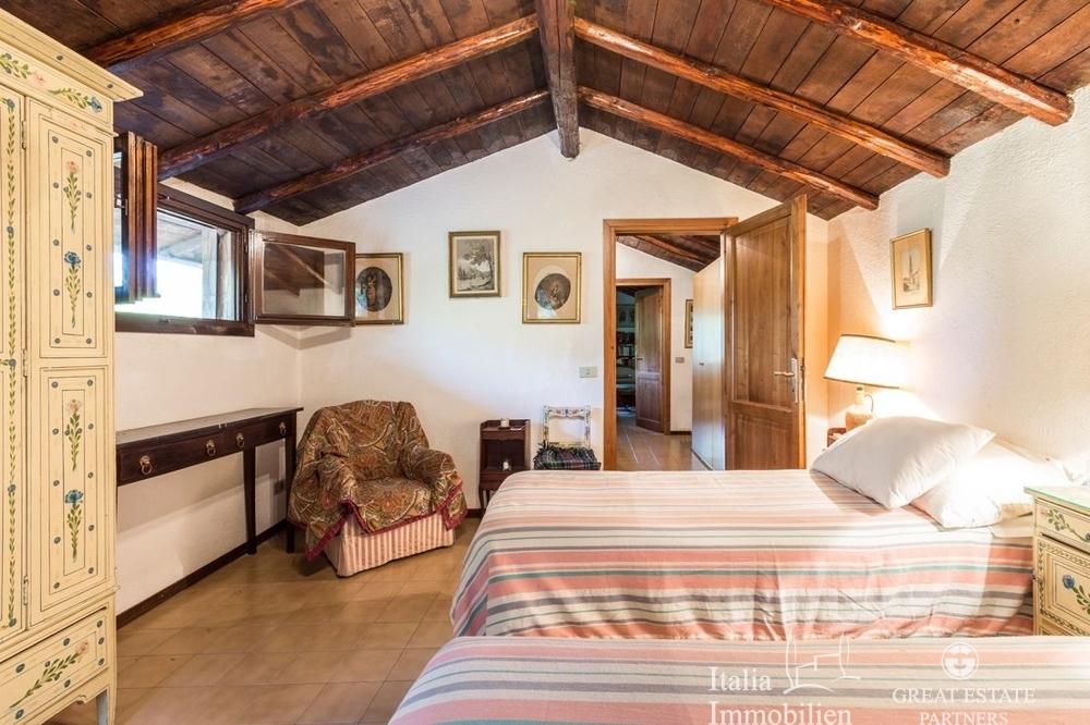 Landhaus mit 3500qm Garten in einer Wohnanlage 4km von Narni (19)