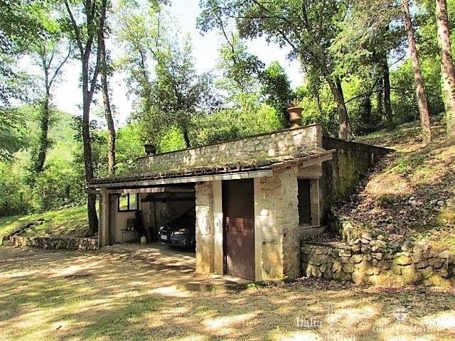 Landhaus mit 3500qm Garten in einer Wohnanlage 4km von Narni (25)