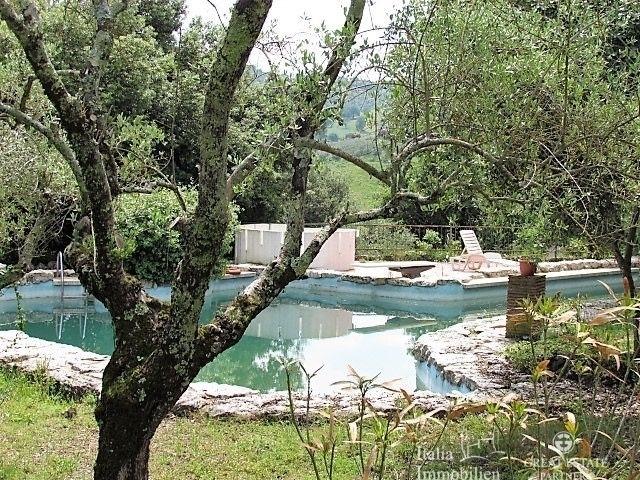 Landhaus mit 3500qm Garten in einer Wohnanlage 4km von Narni (27)