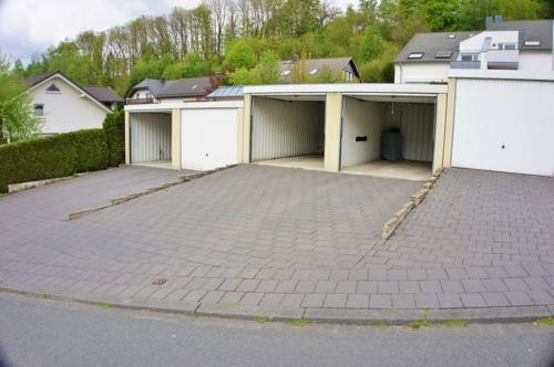PKW-Garage inklusive