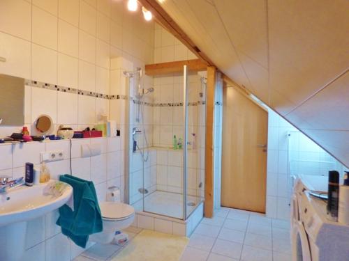 Duschbad im DG