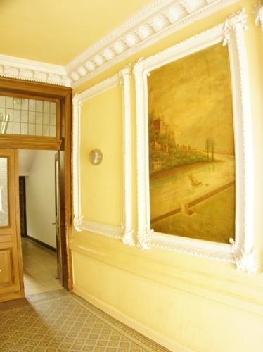 Eingangsbereich mit Stuckverzierung