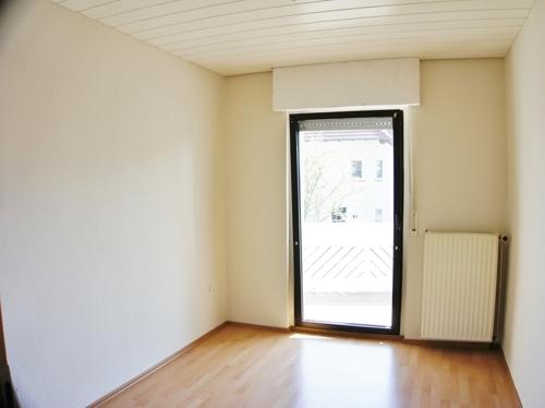 Büro/SZ mit Balkonzugang